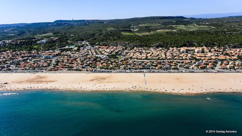 Side By Side Pictures >> France, Languedoc-Roussillon, Aude, Narbonne, Narbonne plage - TRIPinVIEW