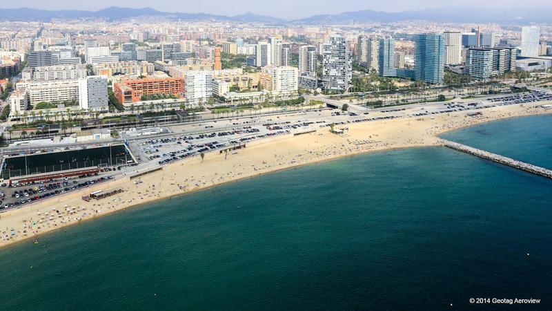 Spain, Cataluña, Barcelona, La Nova Mar Bella Beach - TRIPinVIEW